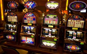 are wild play slots like progressive slots