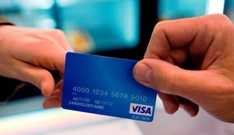 What kind of payment options does Visa offer?